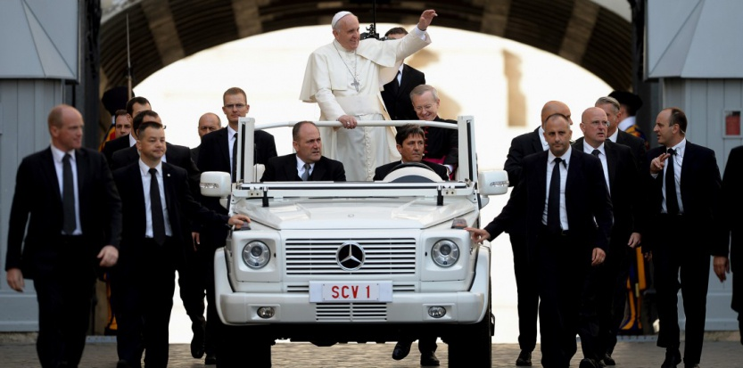 God save the pope !