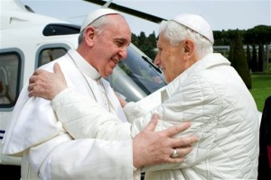 Le-pape-Francois-Benoit-XVI-samedi-23-mars-Castel-Gandolfo_0_730_341