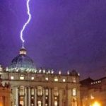 Le pape François sera-t-il le Gorbatchev de l'Eglise catholique ?