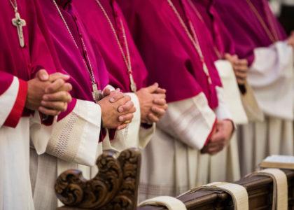 Trombinoscope : les évêques de France sous le scalpel